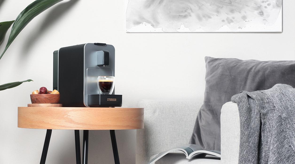 Кофемашина Elegant Viva в гостиной