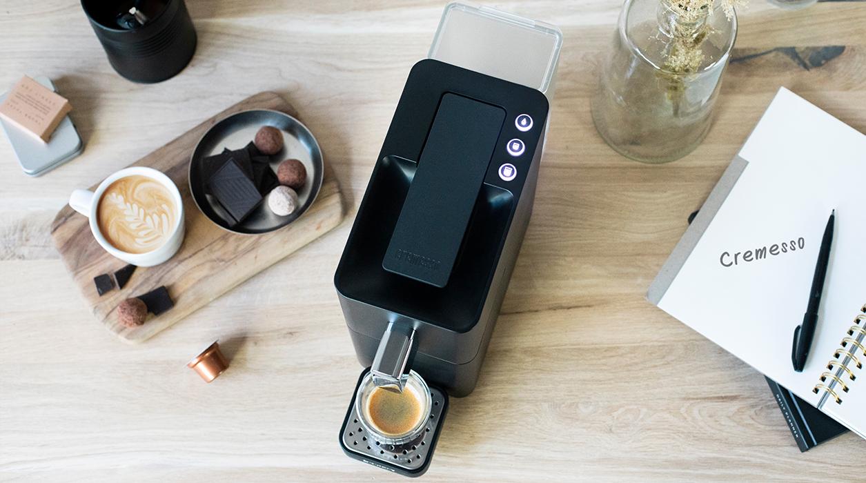 Kávovar Cremesso Easy - priestorovo úsporný a elegantný